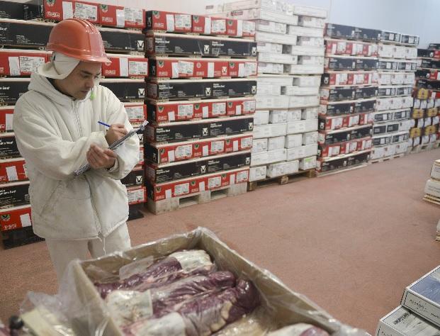Amenazan con cerrar la exportación de carne vacuna  por las alzas en el precio