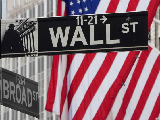 Desempleo, patentes, acciones en alza. Claves en Wall Street hoy