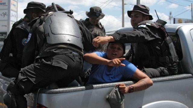 Arrestos en Nicaragua mientras Ortega busca su tercer reelección