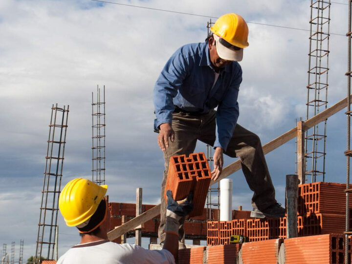 Empleo en la construcción superó los 370.000 puestos
